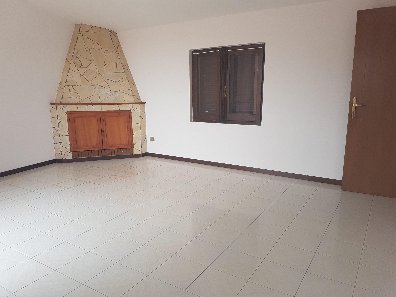 Appartamento non arredato in affitto a Muravera