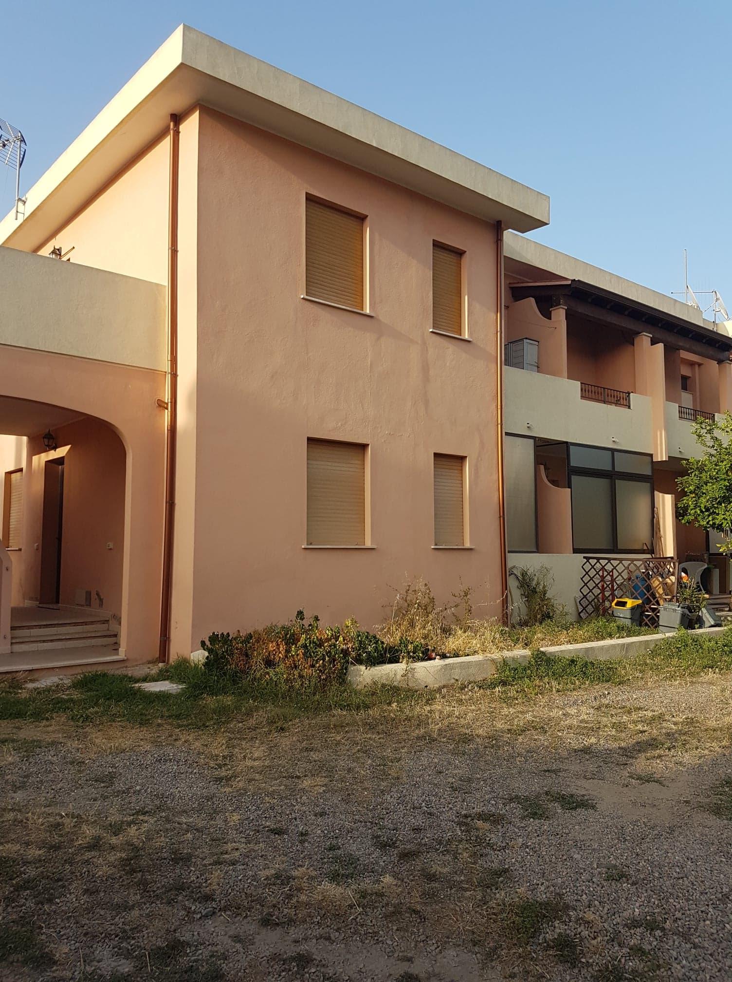 Appartamento al piano terra con posto auto a Muravera