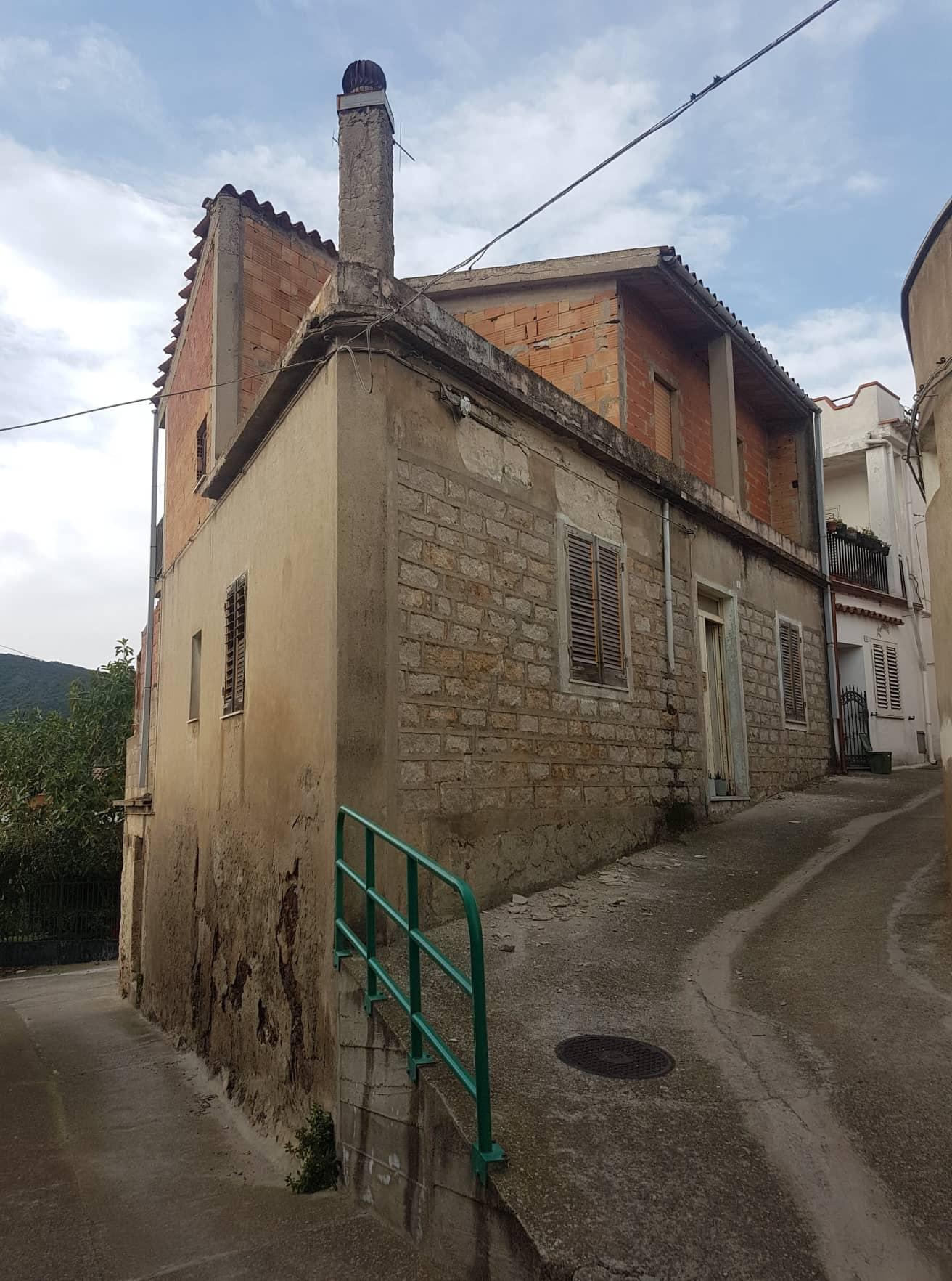 Casa su due livelli a San Vito